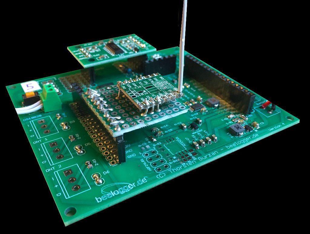 beelogger-SMD mit LORA RFM95-Modul auf Lochraster